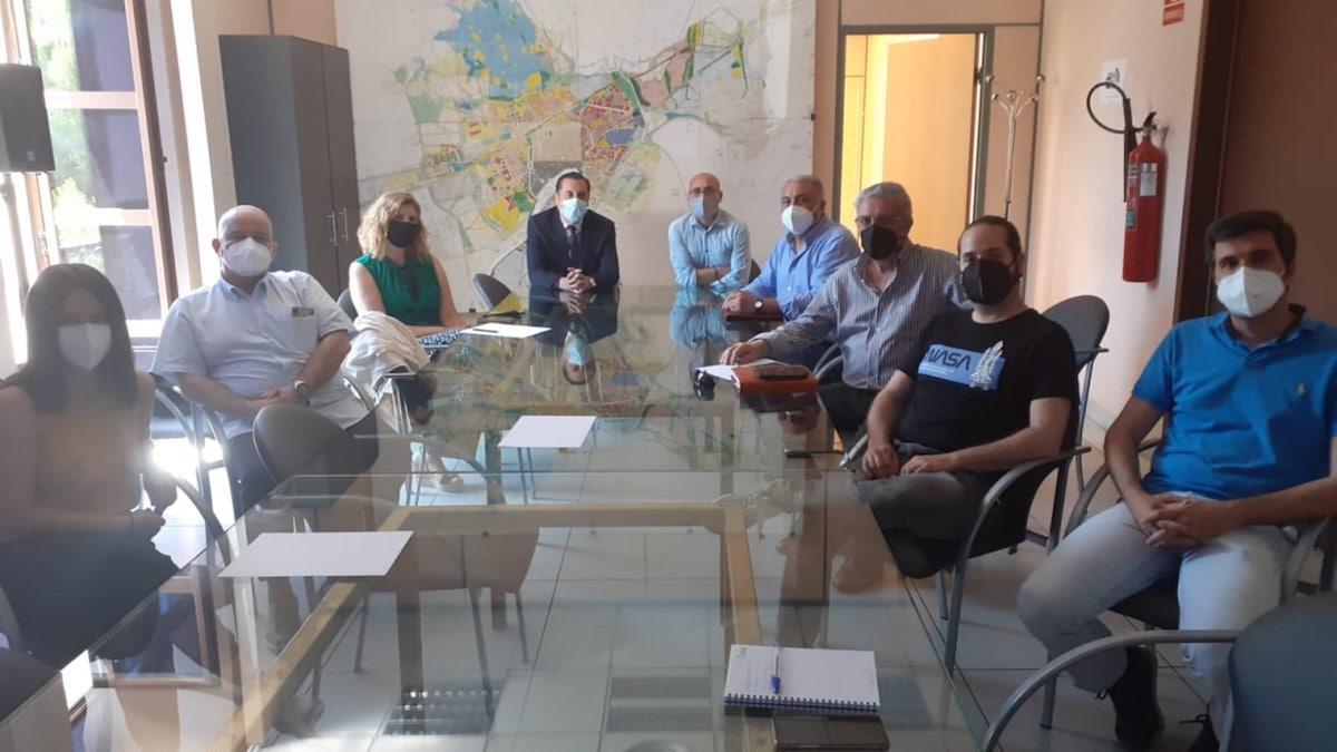 Técnicos de Urbanismo y miembros de los colegios profesionales.