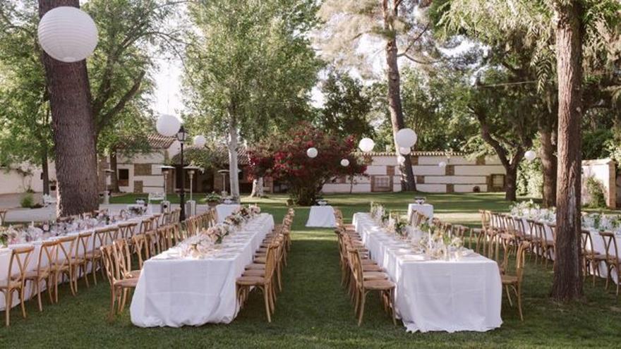 Imagen de banquete para una boda.