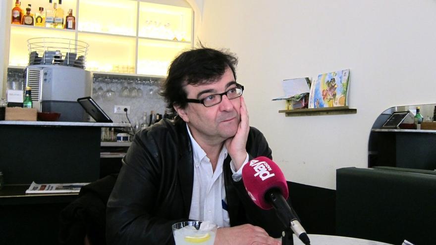 El escritor Javier Cercas presenta este martes su novela 'El monarca de las sombras' con el CAL