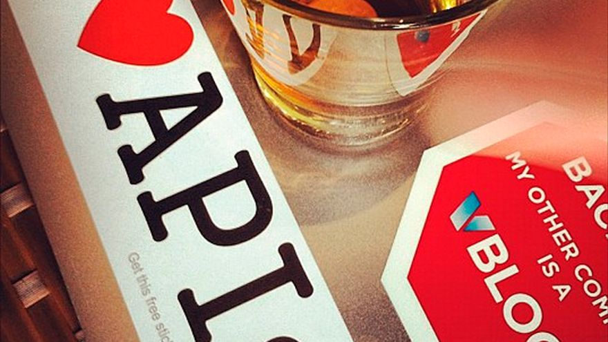 Locos por las APIs (Foto: qthrul   Flickr)