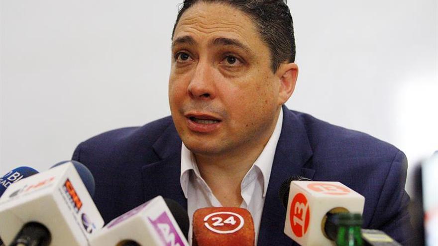 Ministro boliviano considera correctas las decisiones de Rajoy sobre Cataluña