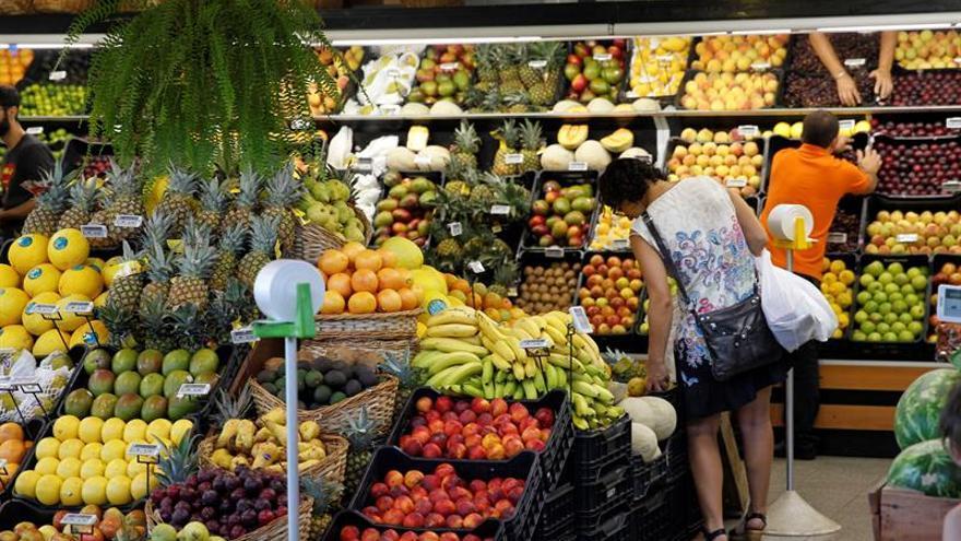 Una dieta saludable podría prevenir hasta un 40 % el cáncer de colon