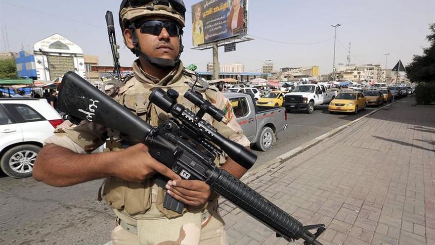 Mueren 40 yihadistas y tres policías en un ataque del EI al sur de Mosul