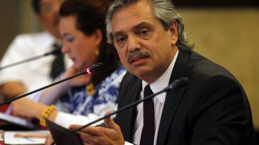 El candidato argentino Fernández apoya plan de Uruguay y México para Venezuela