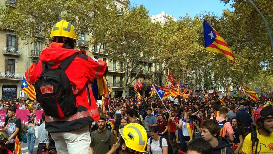 Los bomberos se han sumado a la manifestación de los estudiantes
