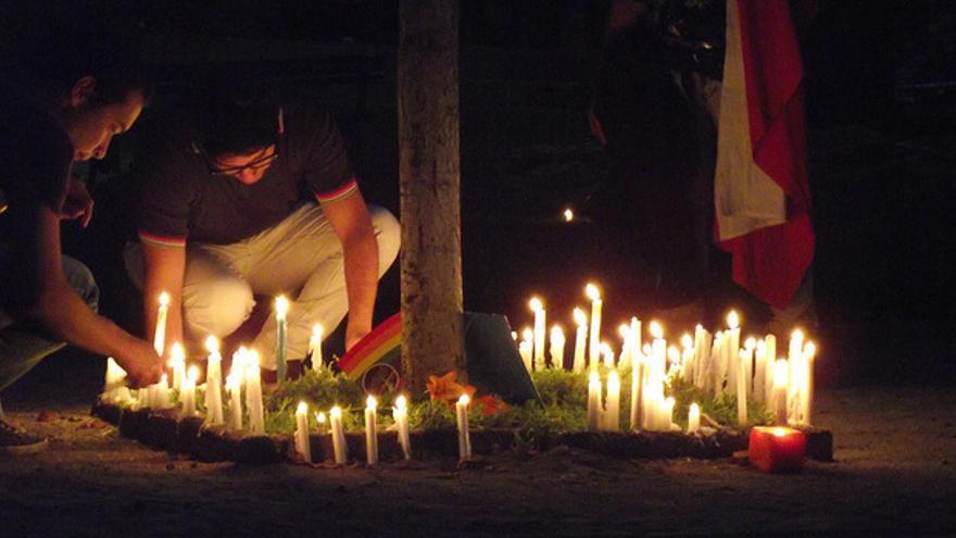 Acto en memoria de Daniel Zamudio, joven homosexual chileno asesinado en marzo de 2012. Foto: Flickr de DILO.cl.