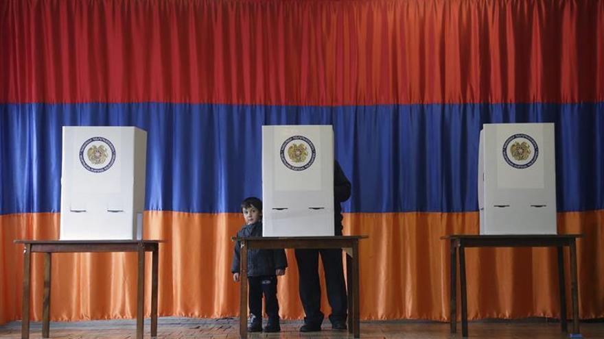 El partido gobernante en Armenia repite victoria en las legislativas