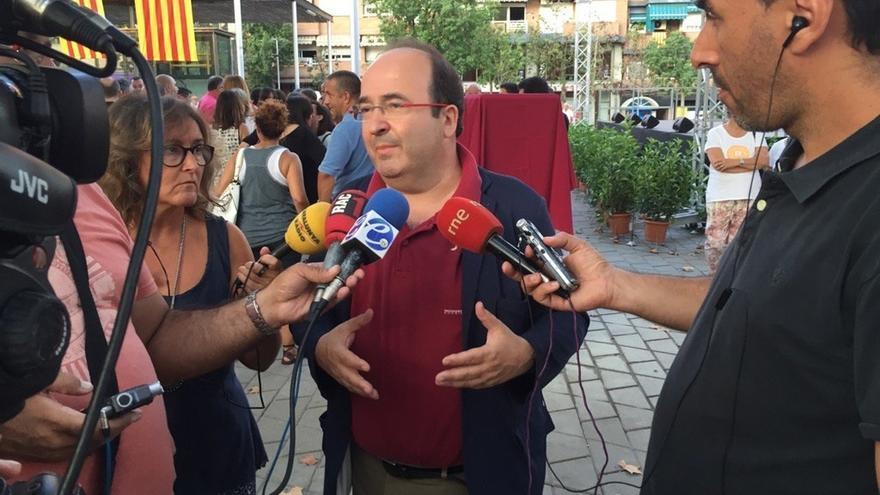 Miquel Iceta y Núria Parlon se presentarán por separado a las primarias del PSC