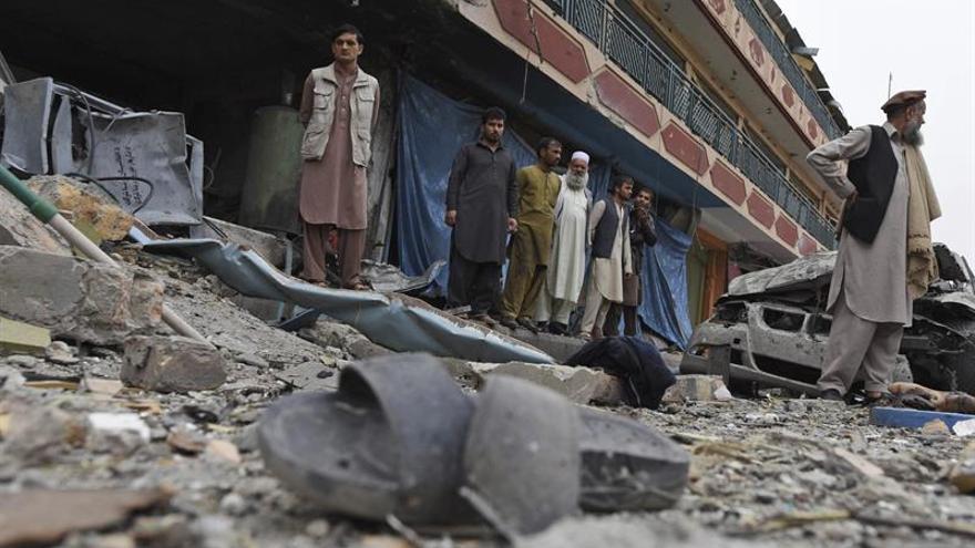 Más de 60 policías muertos en dos días de combate en el sur de Afganistán
