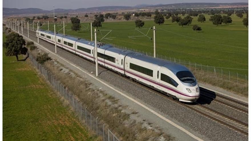 La CNMC propone que Adif pueda quitar 'slots' a las compañías ferroviarias que nos los usen