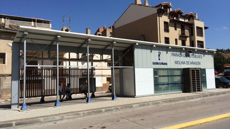 Parada de autobús de Molina de Aragón / Raquel Gamo