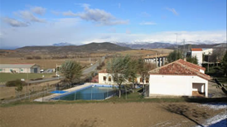 En Bailo, un municipio oscense de 279 habitantes, se presenta la agrupación 'Por la ilusión, la imaginación y el impulso por el medio rural'