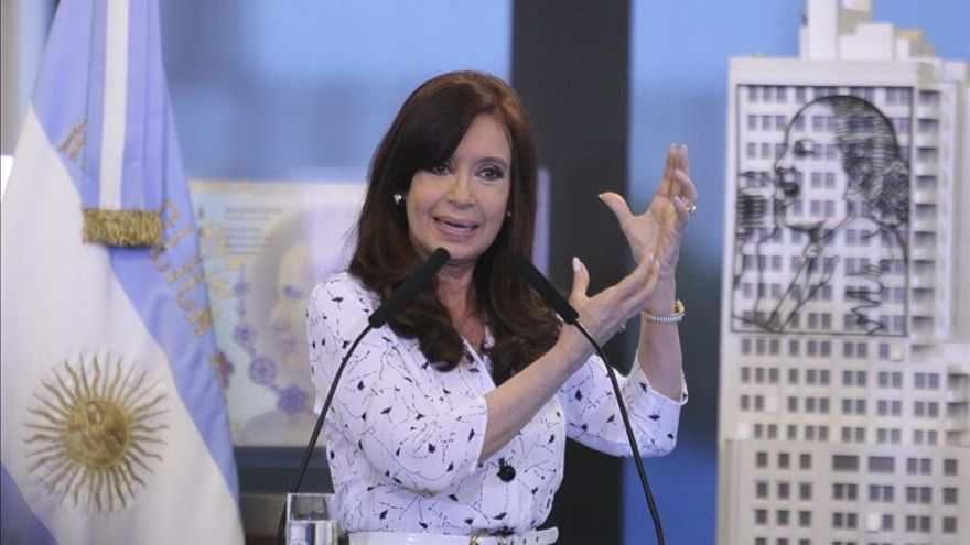 Cristina Fernández debe someterse a fisioterapia por una bursitis en la cadera