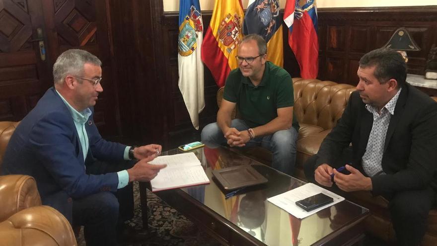 Sergio Matos con Juan José Cabrera y Antonio Acosta.