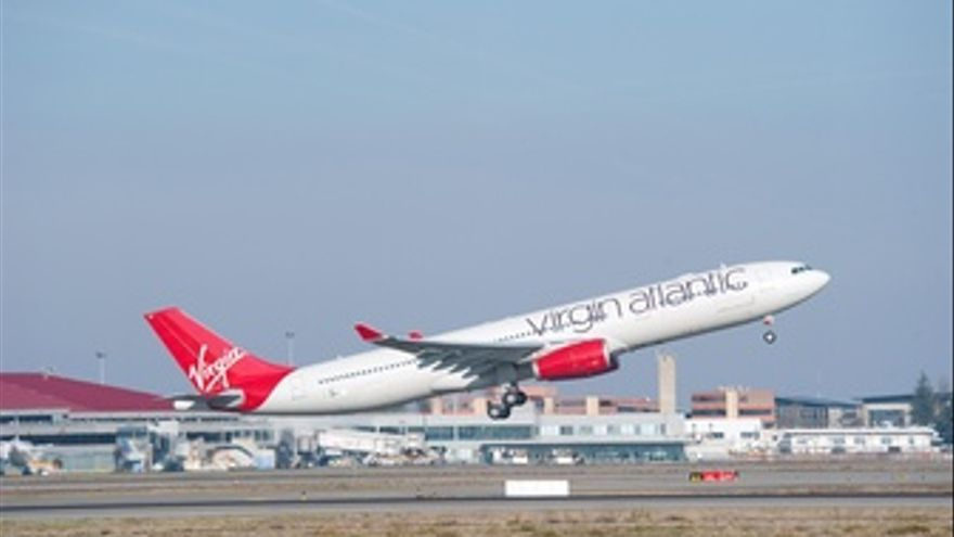 Avión De Virgin Airlines