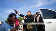 Dieu-Nalio ha resultado herido después de que el senador Jean Marie Ralph Fethière disparara una pistola cerca de los periodistas y fotógrafos
