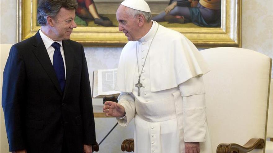 El presidente Santos anuncia una reunión con el papa Francisco en 15 días