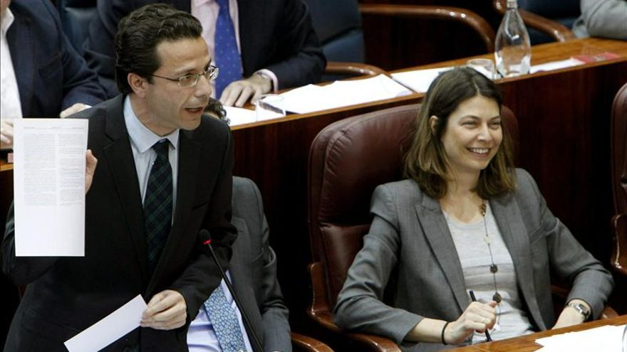 """El Gobierno madrileño ningunea el resultado del """"simulacro de referéndum"""" sobre la sanidad"""