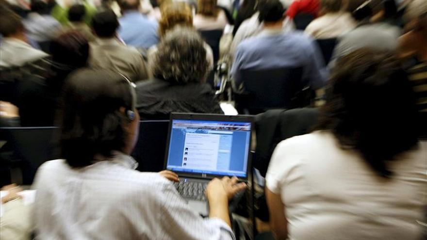 """Uno de cada cinco estadounidenses dice usar internet """"casi constantemente"""""""