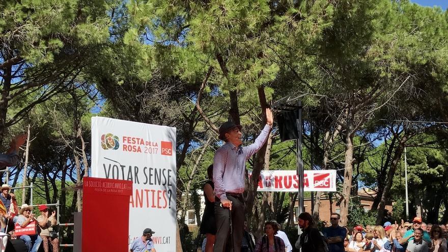 """El socialista Mingo irrumpe en la Festa de la Rosa del PSC: """"Con Mingo que no cuenten"""""""