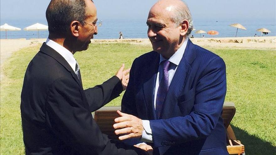 Los ministros de Interior de españa y Marruecos en la última visita de Fernández Díaz al estado alauí/ Ministerio del Interior