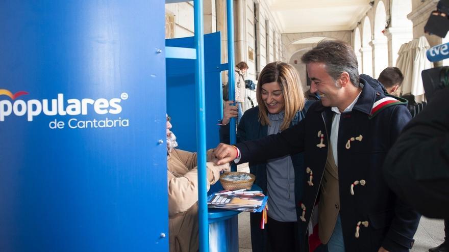 """PP cierra la campaña convencido de que los cántabros y españoles van a enseñar a Sánchez """"la salida"""" de La Moncloa"""