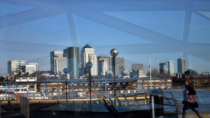 Londres podría cobrar a las empresas por reclutar comunitarios tras el brexit