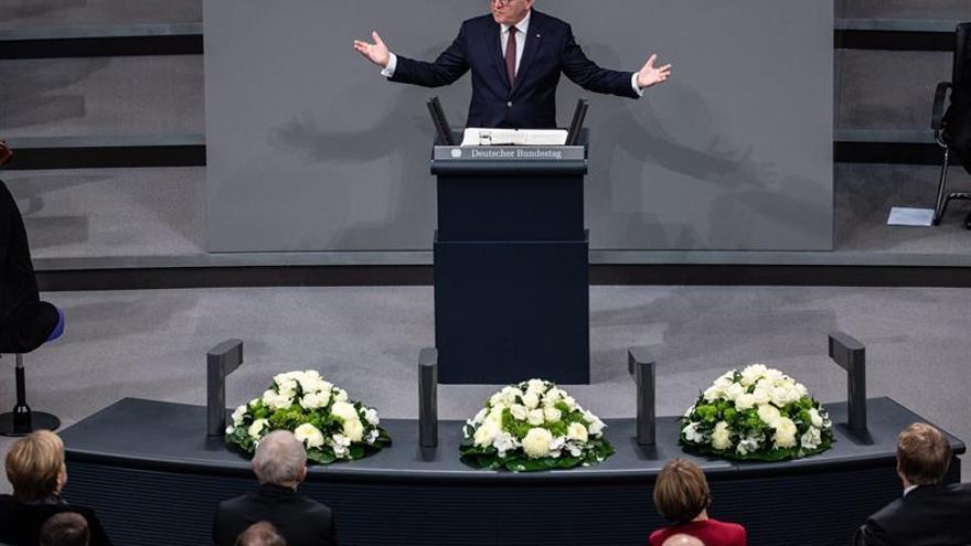 """El presidente alemán aboga por un """"patriotismo democrático"""" en fecha """"ambivalente"""""""