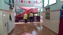 Un colegio cerrado en Ontinyent, último coletazo del temporal del fin de semana