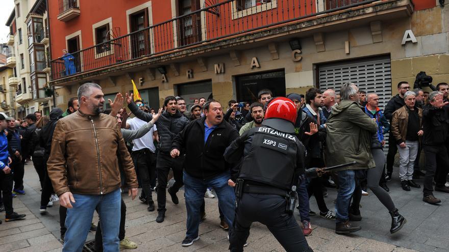Fiscalía abre diligencias por los insultos y amenazadas recibidos por Ciudadanos en un mitin en Rentería (Gipuzkoa)