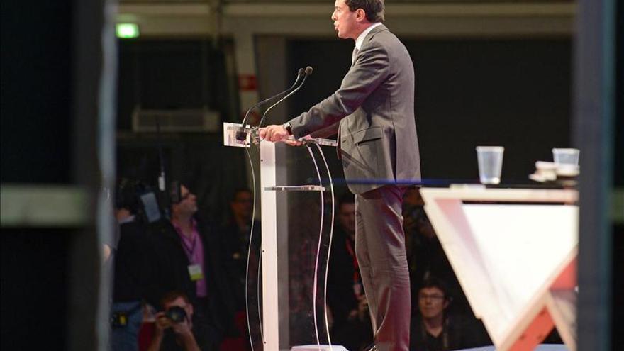 Valls espera el fin de ETA y justifica la entrega a España de Aurore Martin
