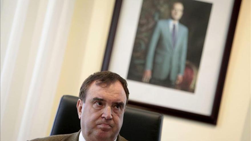 El ex alcalde de Cesuras fue condenado por estafa en la venta de un piso