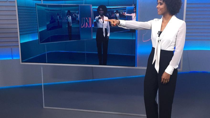 La periodista brasileña María Júlia Coutinho, la primer mujer negra en presentar un informativo en Brasil