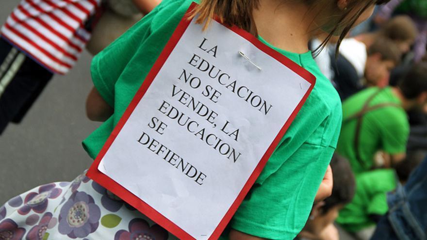Una de las muchas manifestaciones familias contra los recortes de la educación (Juan Luis García)
