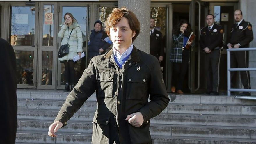 Condenan a 4.320 euros de multa al pequeño Nicolás por decir que CNI lo espió