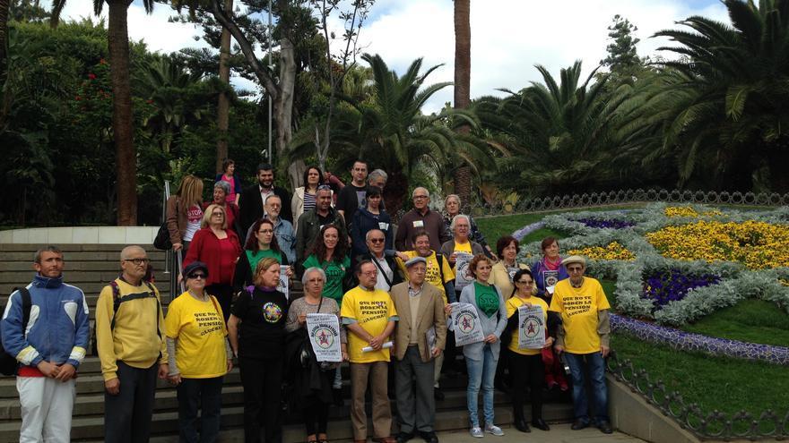 Presentación a los medios de la convocatoria de 'Marcha por la Dignidad' en Santa Cruz de Tenerife.