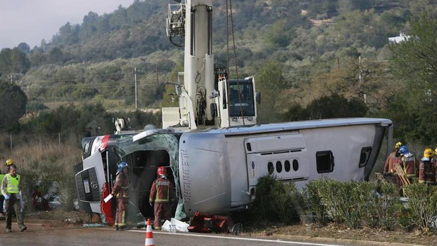 El cansancio del conductor, causa de accidente en el que murieron 13 estudiantes