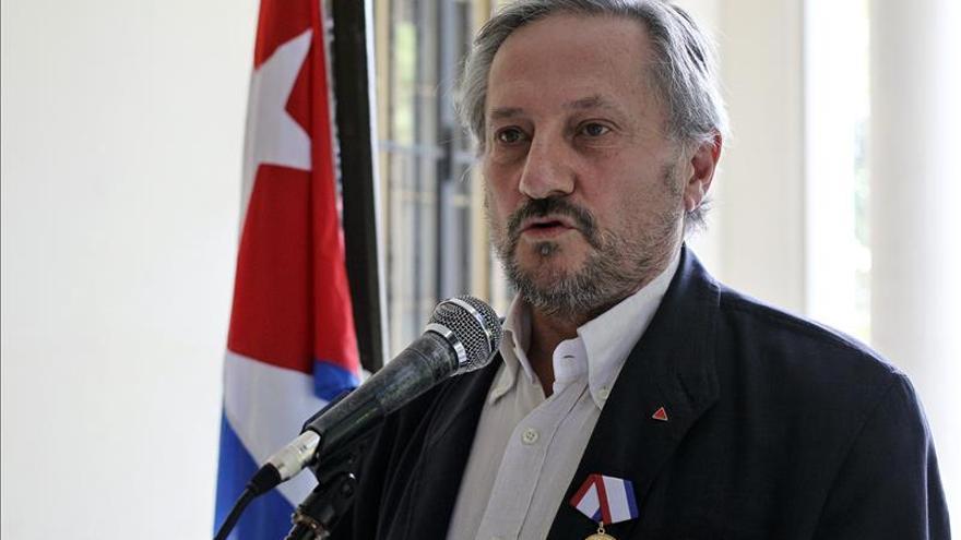 Meyer (IU) cree que Margallo le excluyó de su libro por criticar a Marruecos