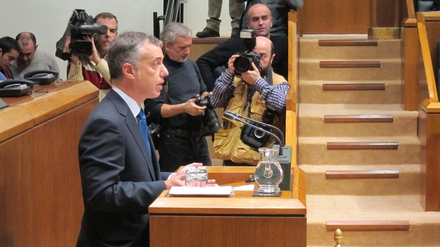 """Urkullu pide a ETA su desarme """"incondicional"""" y propone al Gobierno central facilitar la reinserción de sus presos"""