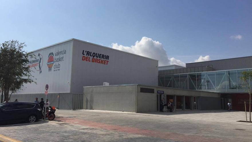 Val ncia estrena l 39 alqueria del basket una instalaci n for Kiosko alqueria