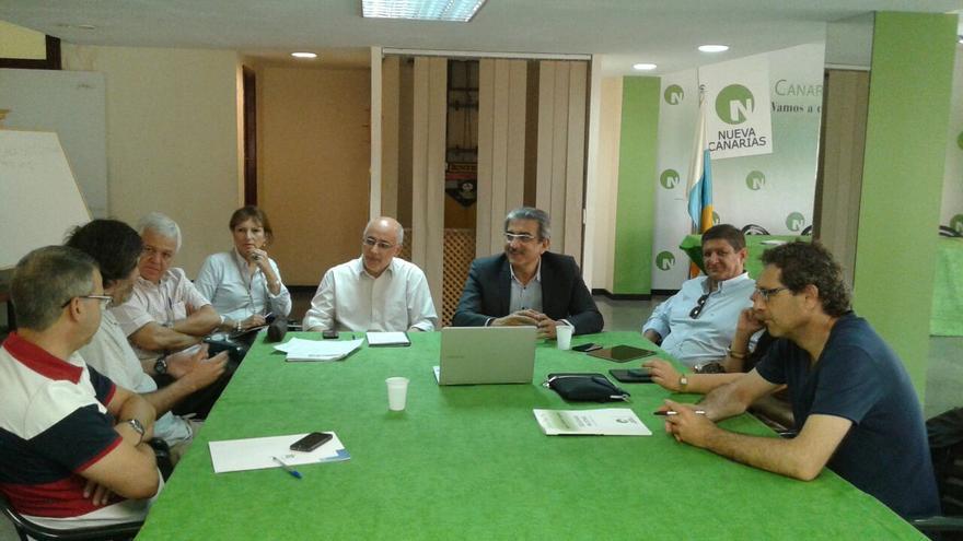 Román Rodríguez y Antonio Morales se reúnen con el comité de empresa del ITC.