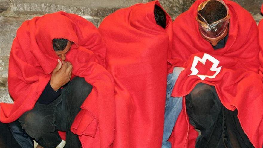Rescatan a 34 inmigrantes en la costa de Tarifa (Cádiz)