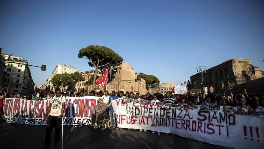 Miles de personas salieron a la calle para pedir viviendas dignas para los refugiados