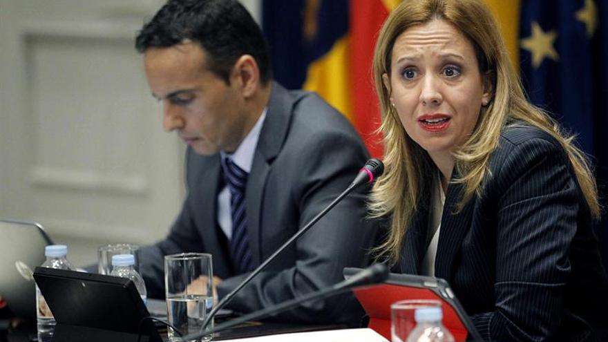La consejera de Hacienda del Gobierno de Canarias, Rosa Dávila, compareció en comisión parlamentaria para explicar el proyecto de ley de Presupuestos Generales de la Comunidad Autónoma de Canarias par 2018.