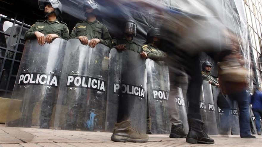 Camioneros no acuden a reunión con el Gobierno y el paro continúa en Colombia