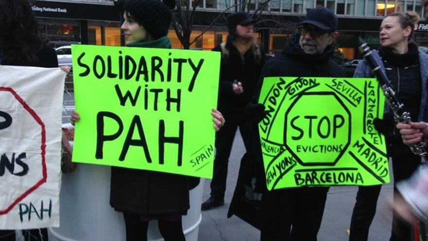 Acción contra Blackstone en Nueva York, 17-3-2015 (foto: Begonia Santa Cecilia)