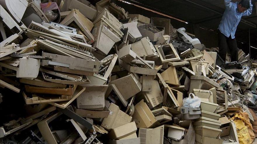 A. Latina genera un nueve por ciento de la basura electrónica mundial, la mayoría en Brasil y México