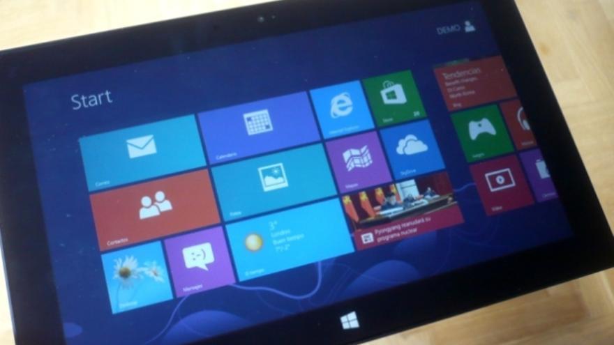La pantalla de Surface tiene un tamaño de 10,6 pulgadas y ofrece un formato apaisado