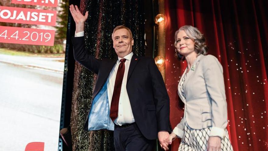 El Parlamento finlandés nombra primer ministro al socialdemócrata Antti Rinne