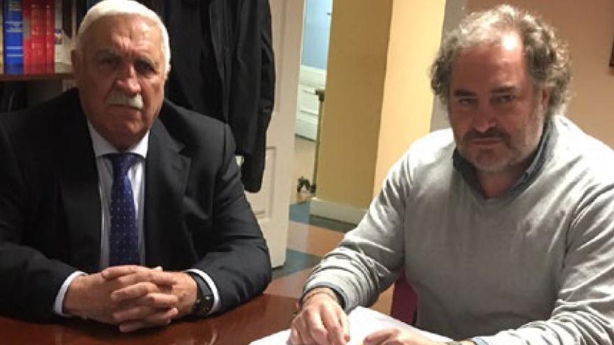 Manuel Pastrana y Joaquín Vidal, coautores de 'Pastrana. En el nombre de la guerra sucia'.
